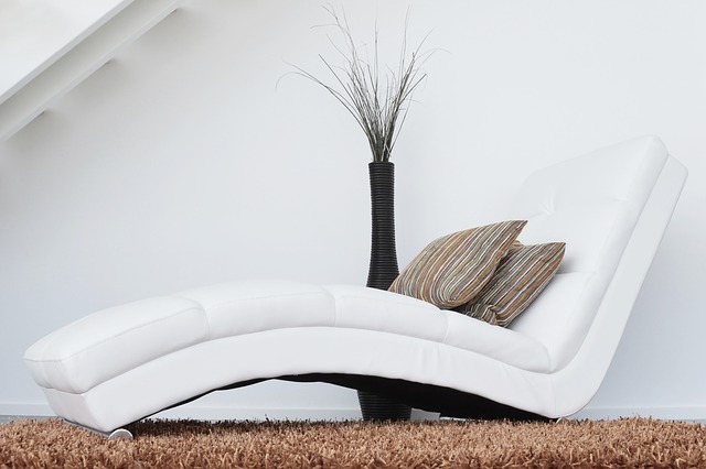 couch-447484_640